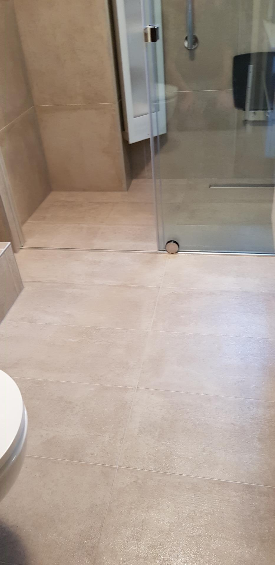 Badkamervloer voor behandeling met antislip